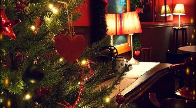 Kawiarnia w okresie świątecznym